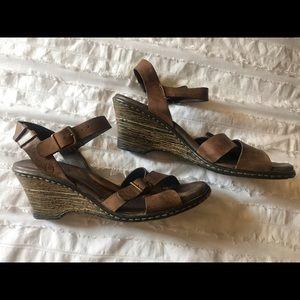 BORN leather sandals, 11